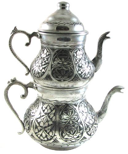 Vous prendrez bien un thé avec votre kebab ?
