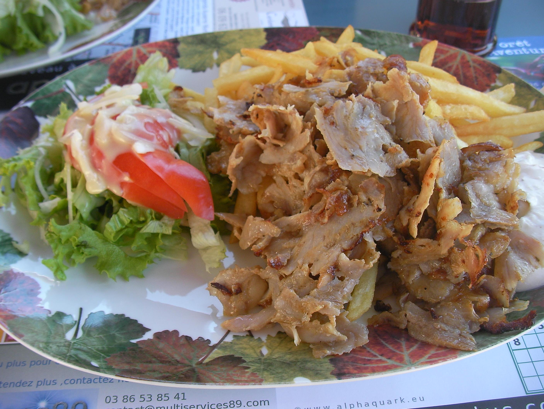 Assiette kebab frites le divan auxerre chroniques du for Divan kebab carte