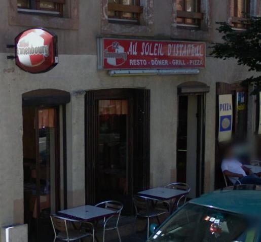 Restaurant au soleil d'Istambul