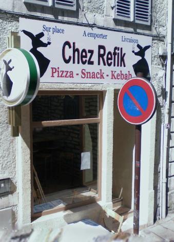 Chez Refik