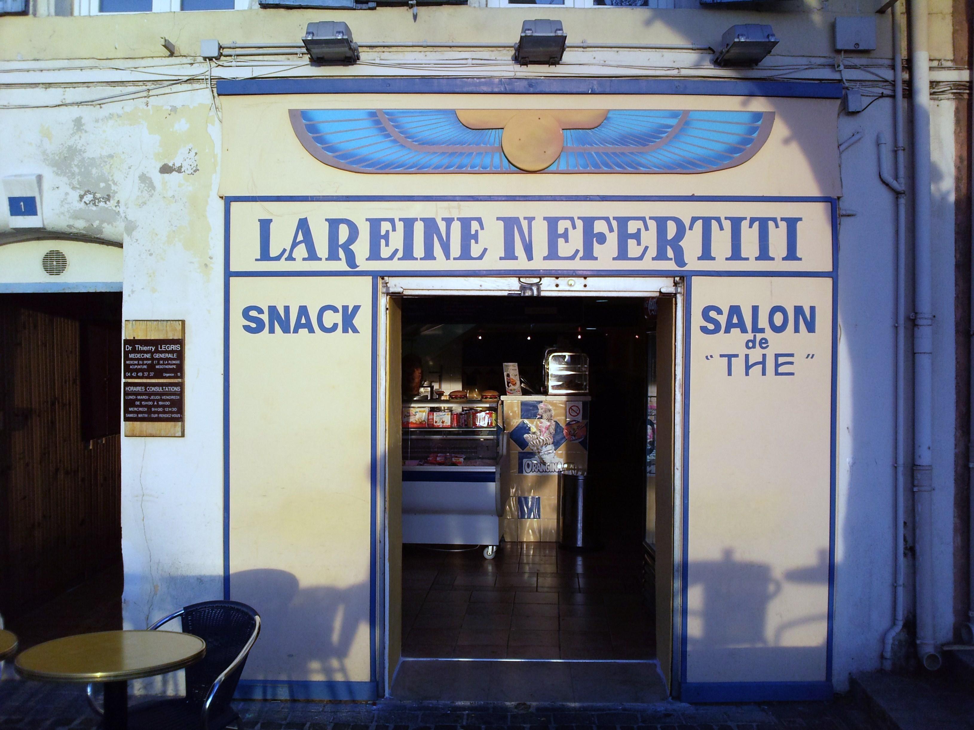 La Reine Nefertiti à Martigues
